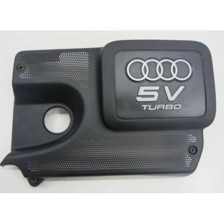 Cache tubulure pour Audi TT 1L8 Turbo ref 06A103724AD