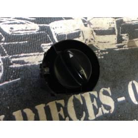 Commodo d'allumage des feux d'occasion pour Audi A3 8L ref 8L1941531G / 8L1941531J / 4B1941531B