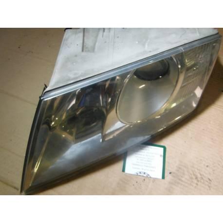 Lot de 2 phares projecteurs avant Xenon pour Skoda Octavia 1Z ref 1Z1941015B / 1Z1941017E / 1Z1941018N