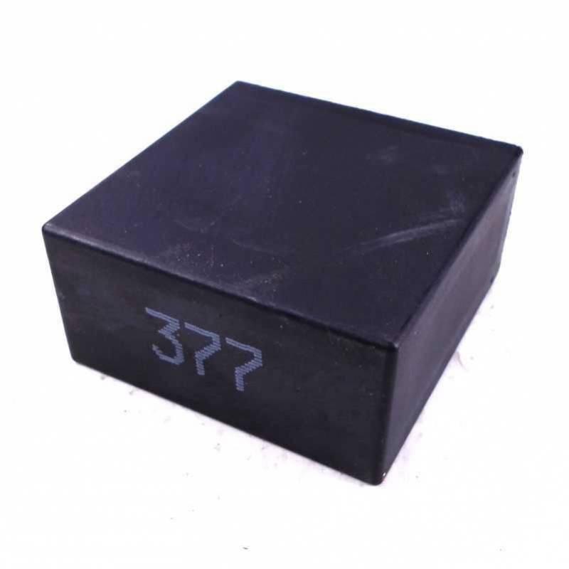 relais d 39 essuie glace n 377 389 603 pour audi seat vw skoda ref 4b0955531a. Black Bedroom Furniture Sets. Home Design Ideas