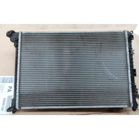 radiateur refroidisseur d 39 eau du moteur pour 1l6 essence mini cooper mini one r50 r52 r53. Black Bedroom Furniture Sets. Home Design Ideas