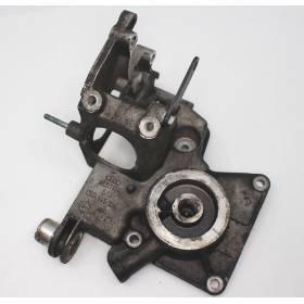 Support pour pompe à ailettes pour Audi A4 / A6 / A8 / Skoda Superb / VW Passat ref 059145169 / 059145167E