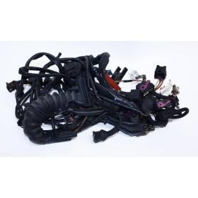 Faisceau / Câblage de compartiment moteur pour Audi A6 2L5 V6 TDI AKN 150 cv boite mécanique ref 4B1971072AE