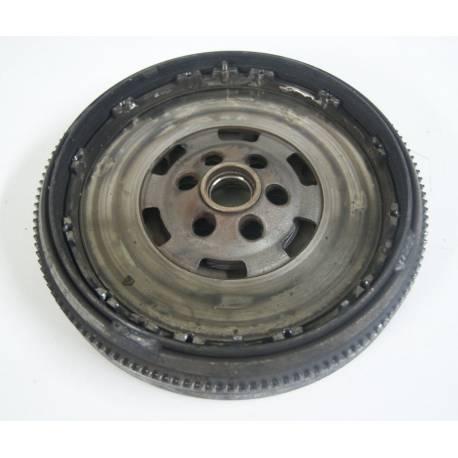 Volant-moteur ref 028105264G / 028105264K / 038105264E