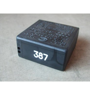 Relay / Control unit for wiper / washing automatic intervals N° 387 pour VW / Audi / Skoda ref 4B0919471 / 4B0919471A