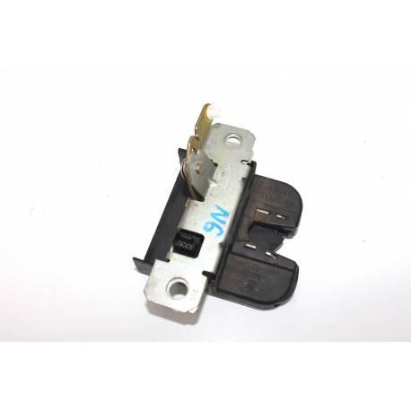 Serrure de capot arrière / Serrure de coffre pour VW Polo 9N ref 6Q6827505B / 6Q6827505D / 6Q6827505E