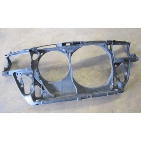 Façade avant support porte radiateurs / Support de fermeture pour VW Passat 3B1 ref 3B0805594 / 3B0805594D / 3B0805594J