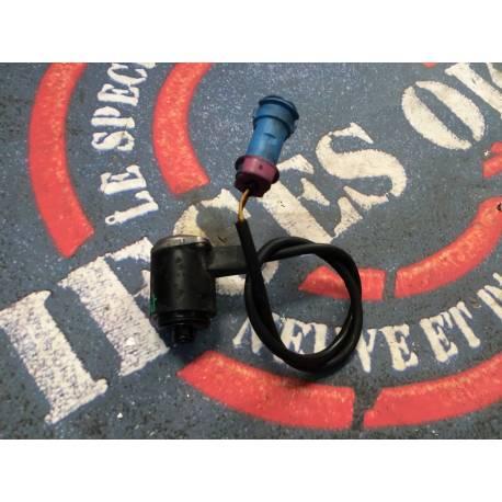 Gyroscope / capteur à effet gyroscopique / convertisseur pour crémaillère avec servotronic Audi A6 ref 703944223 / 4B1907315