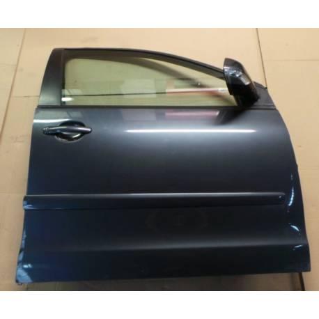 Porte avant passager coloris gris foncé LC7V pour VW Polo 9N ref 6Q4831056P