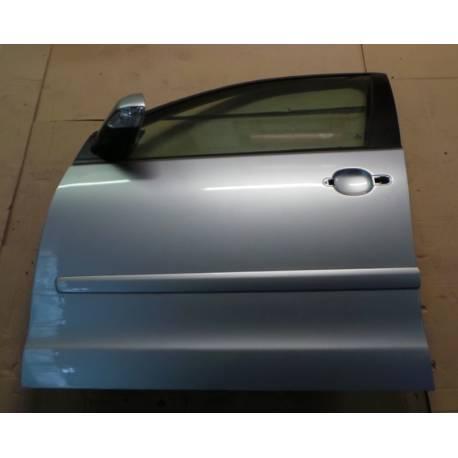 Porte avant conducteur coloris gris clair LA7W pour VW Polo 9N ref 6Q4831055P