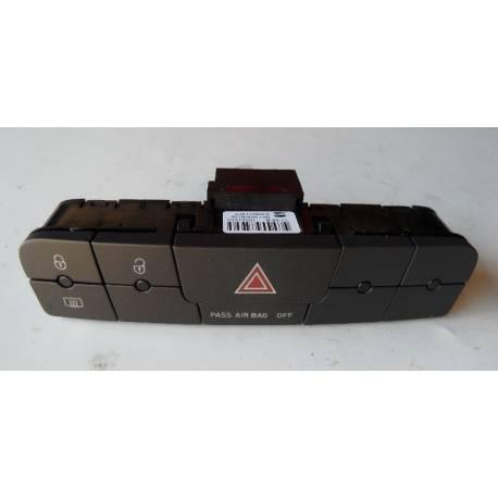 Bouton feu de détresse / Warning / Interrupteur multiple noir carbone pour Seat Ibiza type 6J ref 6J0927137T