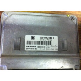 Calculateur moteur pour Skoda Fabia 1L2 essence BMD ref 03D906033C / 5WP40292