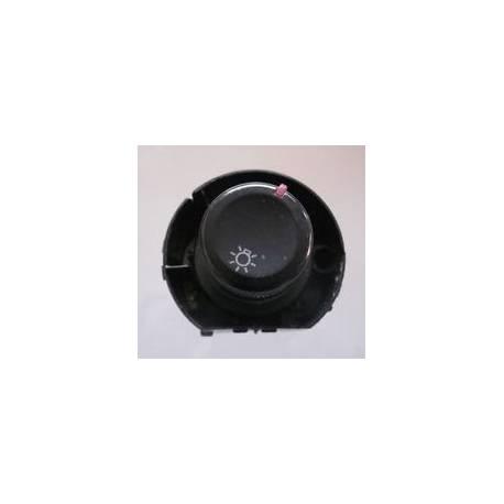 Commodo d'allumage des feux avec anti-brouillard pour Seat Ibiza / Cordoba ref 6L1941531Q / 6L1941531AD 20H