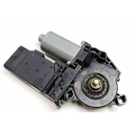 Motor of front window winder passenger side for VW / Skoda ref 1C0959802A 0130821730
