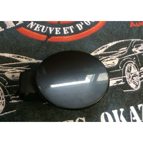 Trappe à carburant pour VW Polo 9N coloris gris foncé LC7V ref 6Q6809857E / 6Q6809857E GRU