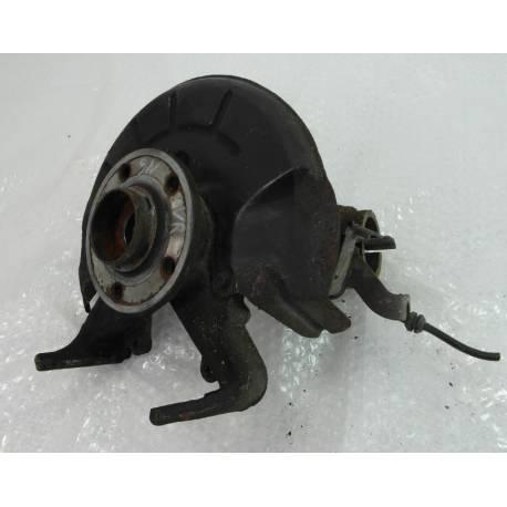 Fusée cache roulement avant passager pour VW Polo 9N / Skoda Fabia / Seat Ibiza / Cordoba ref 6Q0407256R / 6Q0407256AC
