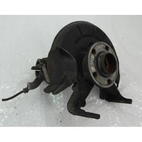 Fusée cache roulement avant conducteur pour VW Polo 9N / Skoda Fabia / Seat Ibiza / Cordoba ref 6Q0407255R / 6Q0407255AC