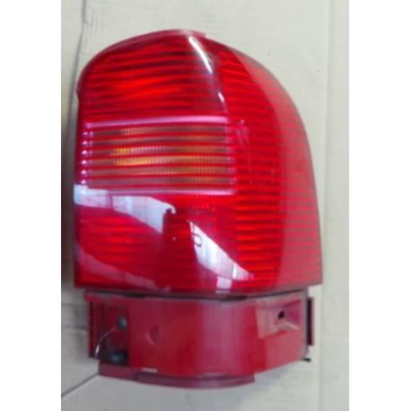 Feu arrière côté passager pour VW Sharan ph2 ref 7M3945096J