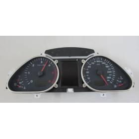 Compteur / combiné porte-instruments pour Audi A6  ref 4F0920900S / 4F0920901C / 4F0920901CX / 4F0920901GX
