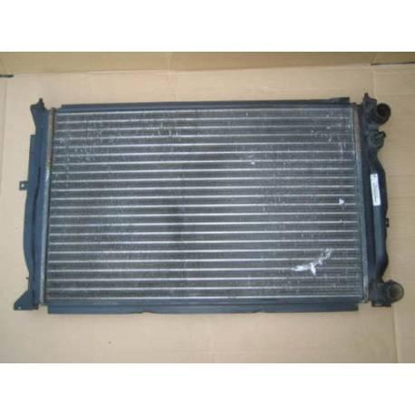 Radiateur refroidisseur d'eau ref 8D0121251AC / 8D0121251Q