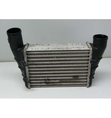 Radiateur d'air de suralimentation intercooler turbo Audi A4 / A6 / VW Passat 1L9 TDI ref 058145805A / 058145805B / 058145805G
