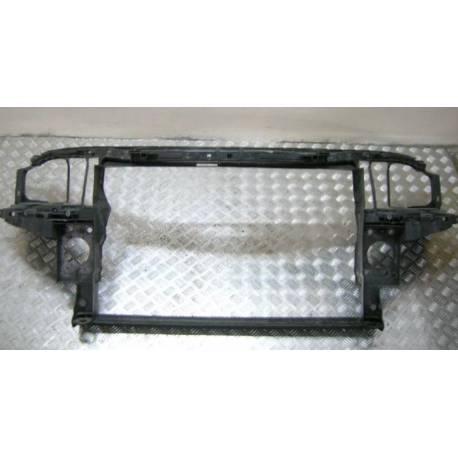 Façade nue porte radiateurs / Support de fermeture pour Audi A6 ref 4B0805588N