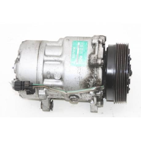 Compresseur de clim / climatisation ref 1J0820803A / 1J0820805 / 1J820803B
