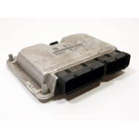 Calculateur moteur Seat Arosa / VW Lupo 1L7 SDI AKU ref 038906012CM / Ref Bosch 0281010379