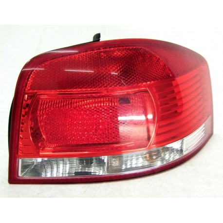 Right tail light for Audi A3 8P ref 8P0945096
