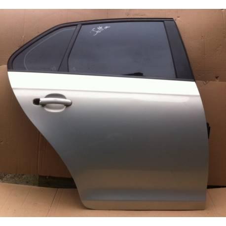 Porte arrière passager pour VW Jetta coloris gris clair LR7L ref 1K5833302P / 1K5833302Q / 1K5833106E