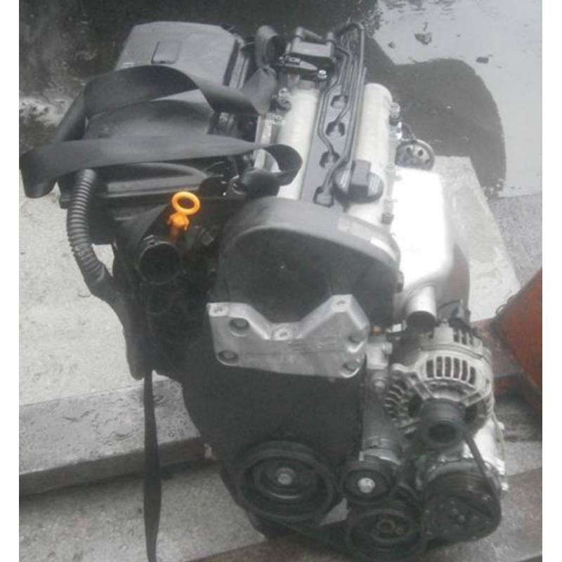 moteur 1l4 16 cv essence type ahw pour vw bora lupo bora lupo seat leon toledo 036103101am. Black Bedroom Furniture Sets. Home Design Ideas