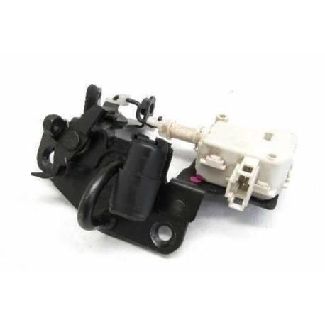 Serrure de capot arrière / Serrure de coffre avec servomoteur pour Skoda Fabia 6Y ref 6Y0827511A / 6Y0827511G