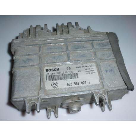 Calculateur moteur pour Seat Arosa / VW Lupo 1L essence ref 030906027J / 030906027AK / 0261203929 / 930 / 0261203930