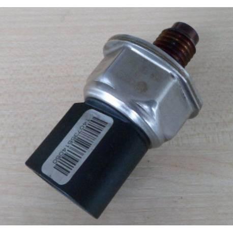 Capteur de pression pour rampe d'injection ref 059130758E / 8M0066509
