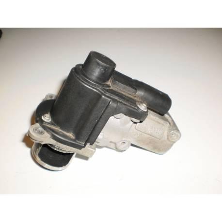Vanne EGR / Soupape de recyclage des gaz ref 03G129637A / 03G131502 / 03G131502B