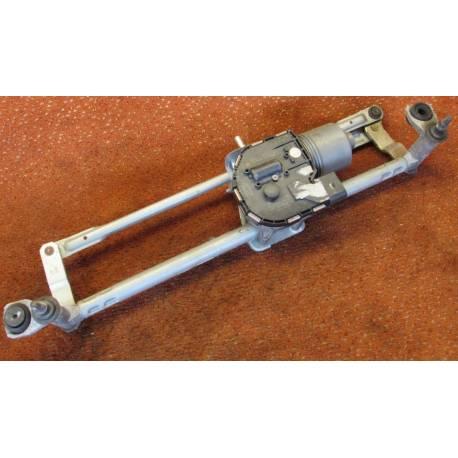 Windshield wiper bracket with wiper motor VW Eos ref 1Q1955023C / 1Q1955119C