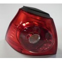 Tail-light driver side on the wing for VW Golf 5