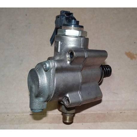 Pompe à carburant droite ref 079127026C / 079127026AB