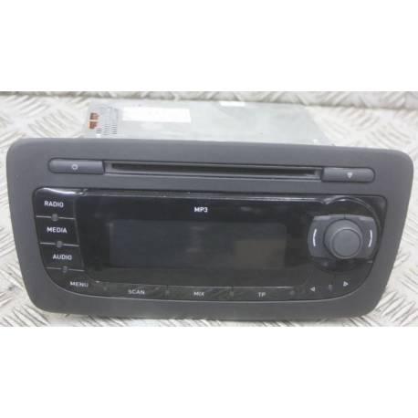 Autoradio avec lecteur CD MP3 Seat ibiza ref 6J1035153C / 6J1035153E / 6J1035153G / 6J1035153H