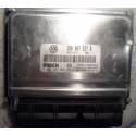 Calculateur moteur pour VW Passat 2L essence ALT 131cv ref 3B0907557R / 0261208003