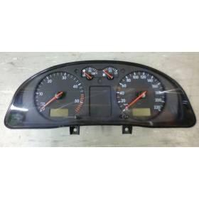 Compteur / combiné porte-instruments VW Passat ref 3B0919881N / 3B0919881NX / 3B1919880CX