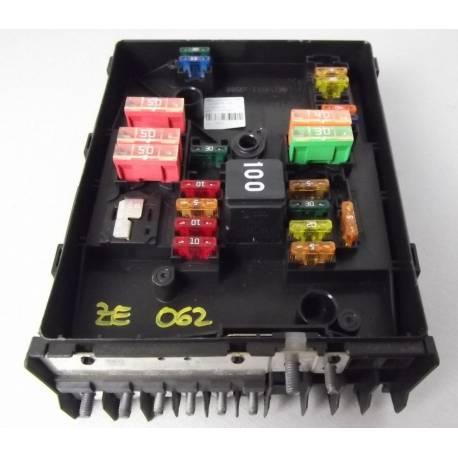 Centrale électrique pour compartiment moteur ref 1K0937125C / 1K0937125D