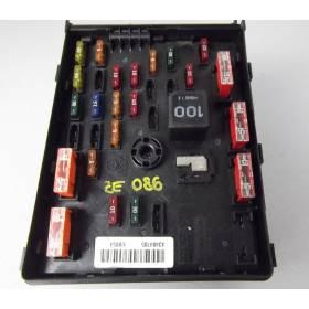 central electrics for engine bay VW Sharan / Passat / Seat Alhambra ref 3C0937125