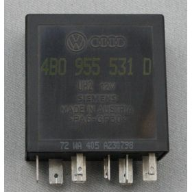 Relay / Control unit for wiper / washing automatic intervals N° 602 ref 4B0955531D / 4B0955531E / 4B0955531C