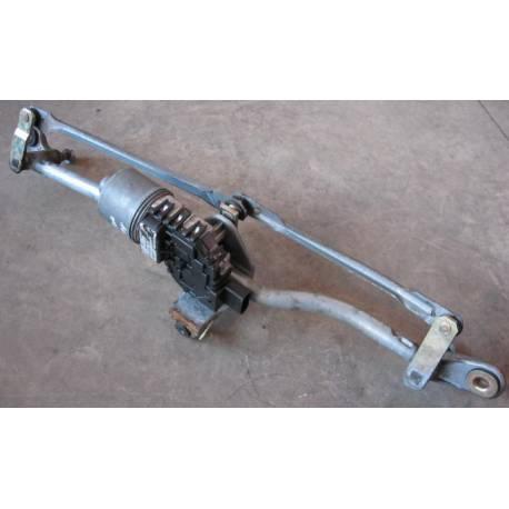 Recepcion de limpiaparabrisas delantero con motor Audi A4 B6 ref 8E1955119 / 0390241509 / 8E1955603D
