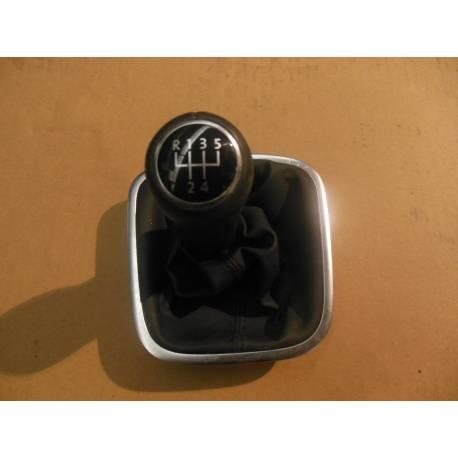 Pommeau + soufflet pour boite 5 pour VW Polo 6R ref 6R0711113M AOU
