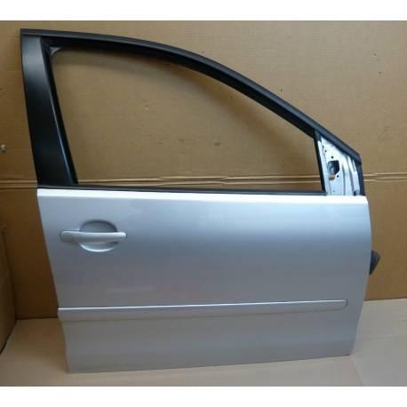 Porte avant passager coloris gris clair LA7W pour VW Polo 9N ref 6Q4831056P