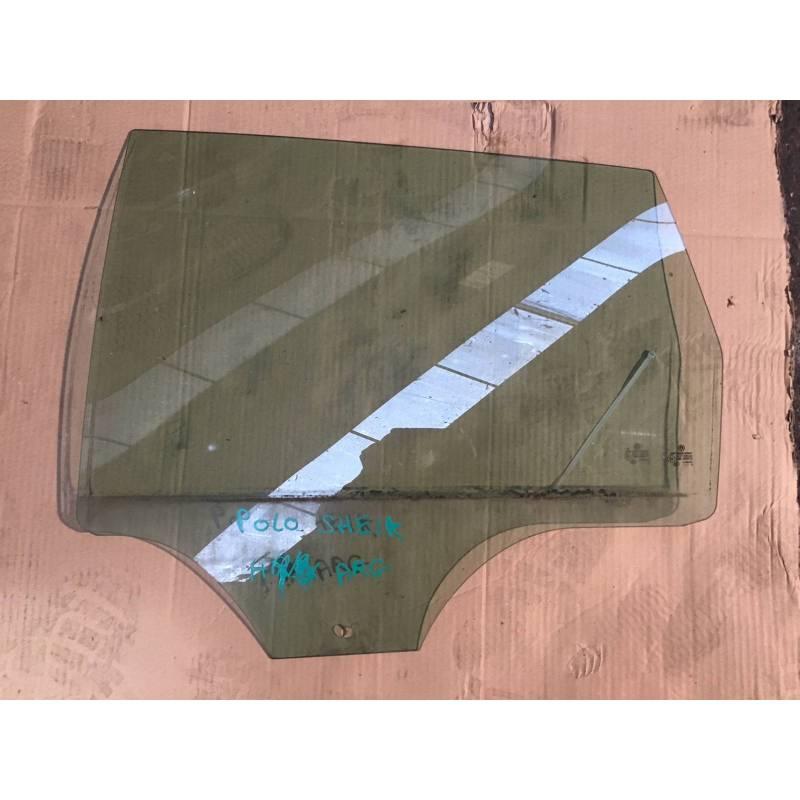 vitre glace de porte arri re conducteur pour vw polo 9n vitre glace de porte custode sur. Black Bedroom Furniture Sets. Home Design Ideas
