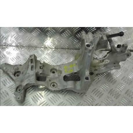 Support pour compresseur Audi / Seat / VW / Skoda ref 04L903143B / 04L903141B
