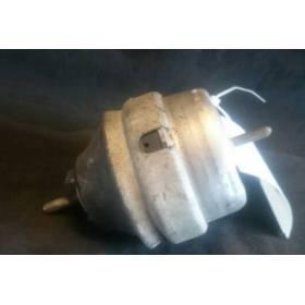 Motor bearing support / Hydraulic pad for Audi A4 / A6 / VW Passat / Skoda Superb ref 8D0199379J / 8D0199379AQ